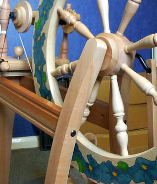 'Clematis' Ashford Traditional Spinning Wheel